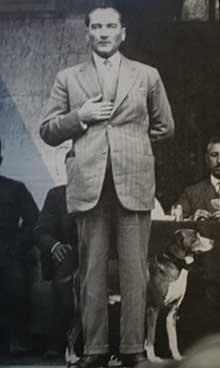 Falih Rıfkı Atay'dan - Atatürk ve Foks